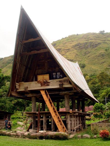 traditional house of Bataknese (photo: joko guntoro)
